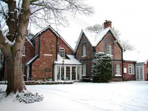 sambrookhouse_Snow3